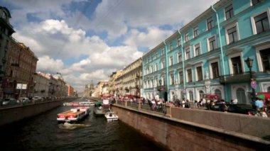 Griboyedov Canal embankment street — Stockvideo