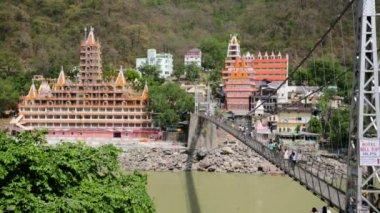 View of Rishikesh city — Stock Video