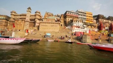 Ganges river with the boats and holy ghats. — Stock Video