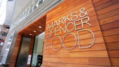 Marks & Spencer Food Store — Stock Video
