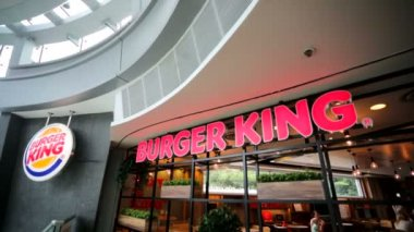 Burger King fast food — Stock Video