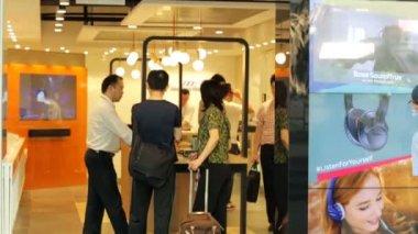 Bose store in Hong Kong — Stock Video