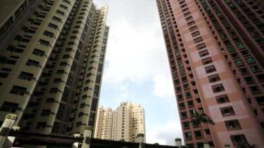 High apartment buildings — Vidéo