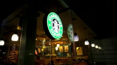 Starbucks coffee logo — Stock Video
