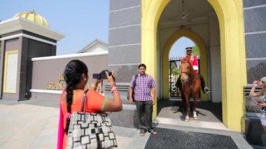 Gate of Royal Palace Istana Negara — Stock Video