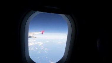 Vista desde la ventana de avión — Vídeo de stock