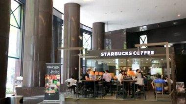 Starbucks coffee in Singapore — Stock Video
