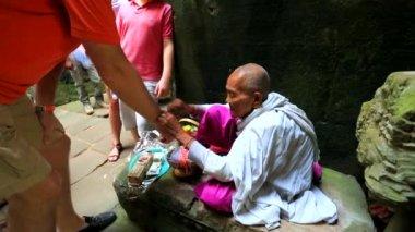 Woman making talismans — Stock Video
