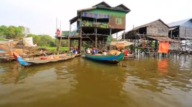 Floating village view — Stock Video