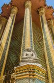 Wat phra si rattana satsadaram nebo watphrakaew v bangkoku thailan — Stock fotografie