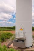 Eco power in wind turbine farm — Stock fotografie