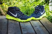 Trenéry nike, Pánské boty, běžecké boty — Stock fotografie