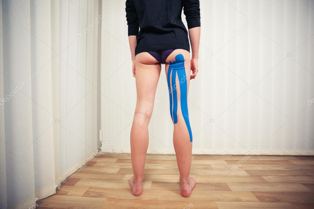 Растянутые ноги девушки146