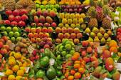 Fruits in the food market — Stock Photo