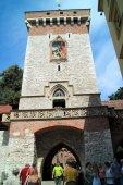 Old city gate in Krakow Poland — Zdjęcie stockowe
