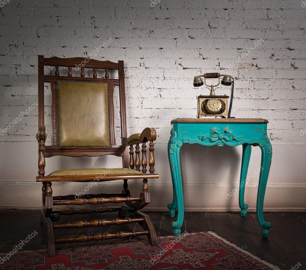 Tavolo vecchio - Costruire sedia a dondolo ...