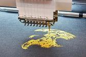 Processo de bordar — Fotografia Stock