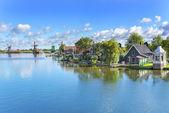 Tranquil place. Zaanse Schans. Amazing Dutch village. — Stock Photo