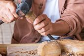 Craftsman wood carving. — Stock Photo