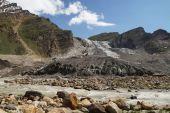 Parkachik Glacier under blue sky in Ladakh, India — Stock Photo