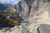 Road from  Karimabad to Besham , Northern Pakistan — Stock Photo