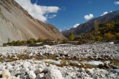 Small river in Ghizer Valley in Northern  Pakistan — Stock Photo