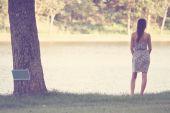 Pretty girl wearin dress — Stock Photo