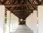 Perspective corridor asian temple — Стоковое фото