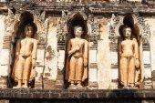 Scultura del Buddha su pagoda buddista nel tempio — Foto Stock