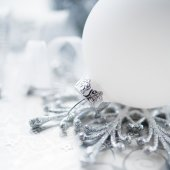 Silver and white christmas decoration on holiday background. Merry xmas card. — Stockfoto