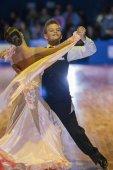 Minsk-Belarus, 18. Oktober 2014: Unidentifizierte Tanz paar Perfo — Stockfoto