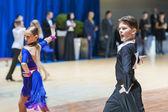 明斯克-白俄罗斯,2014 年 10 月 19 日: 不明的舞蹈夫妇性能 — 图库照片