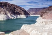 Hoover Dam, Lake Mead, Nevada-Arizona States Border, USA. — Stock Photo
