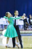 Минск-Белоруссия, октябрь 4,2014: неопознанная пара танца выступает — Стоковое фото