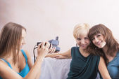 Caucasian Girlfriends With Dental Bracket System Installed Are B — Stock Photo