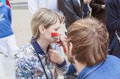 Minsk-Belarus, May, 20: Ice-Hockey Fans In Minsk Making Face-Pai — Fotografia Stock