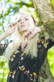 Portrait of Caucasian Female Blond Woman in Sprong Forest Relaxi — Stock Photo