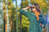 Caucasian Female Brunette Model Posing in Autumn Forest with Sun — Stock Photo