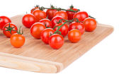 Cherry tomatoes on platter — ストック写真