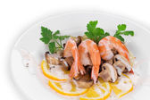 Shrimp salad with mushrooms  — Stock Photo