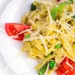 Italian pasta with pesto and parmesan — Stock Photo #63191427