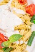 Spaghetti with tomato basil and cream. — Stock Photo