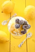 Dessert with blackberries — Stock Photo