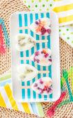 Homemade frozen popsicles — Stock Photo