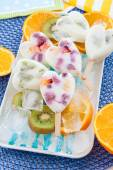 Homemade frozen popsicles — Stock Photo
