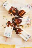Frozen popsicles with sprinkles — Stock Photo