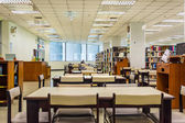 Library interior of Chulalongkorn University, the oldest university in Bangkok, Thailand — Stock Photo