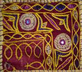Patchwork bedspread in the eastern style, closeup image — Stock Photo