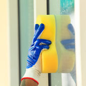 Glass cleaning — Stock Photo