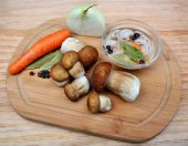 Marynowanie grzybów jadalnych — Zdjęcie stockowe